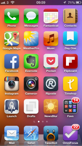 My iPhone home screen using iOS 6